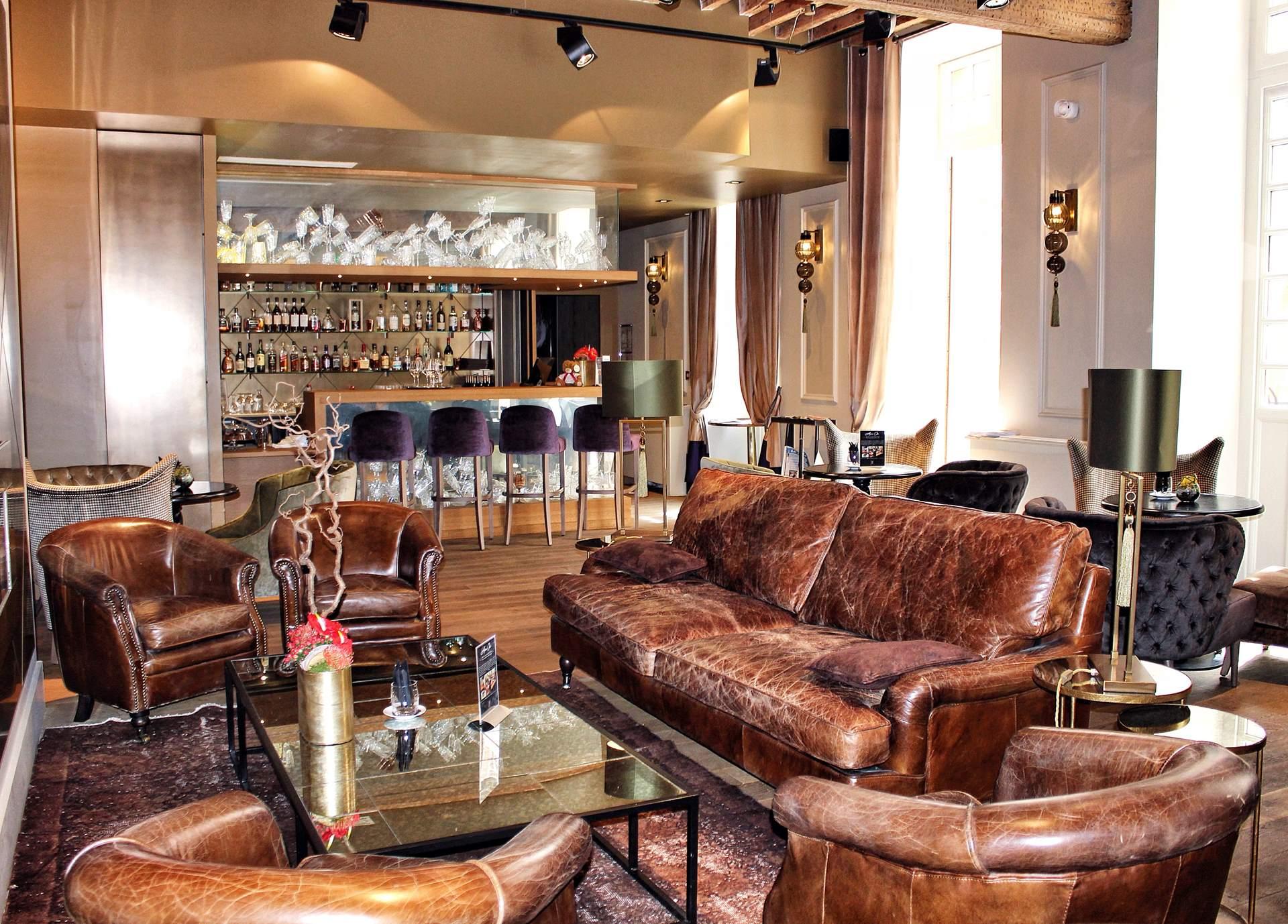 la cour des consuls toulouse le chic discret en centre. Black Bedroom Furniture Sets. Home Design Ideas